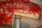 Baumkuchen mit Erdbeeren