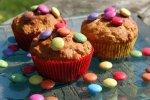 Smartie-Muffins, Muffins mit Smarties oder bunten Schokolinsen