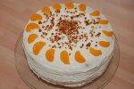 Buttercreme-Torte mit Mandarinen und Krokant